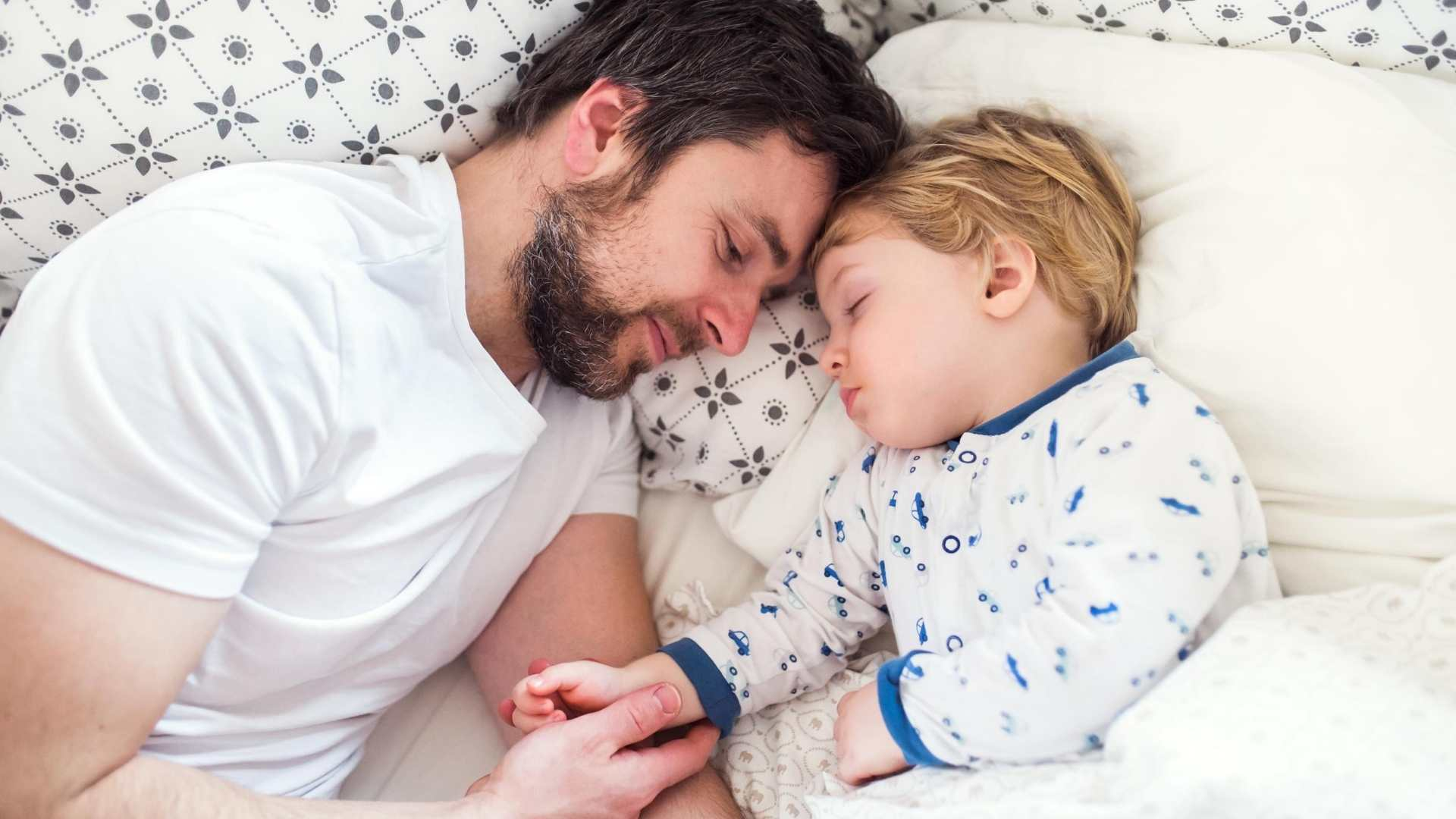 How To Get Toddler To Sleep Earlier